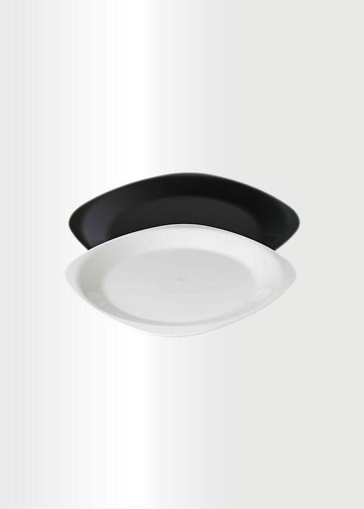 Black & White Large Flat