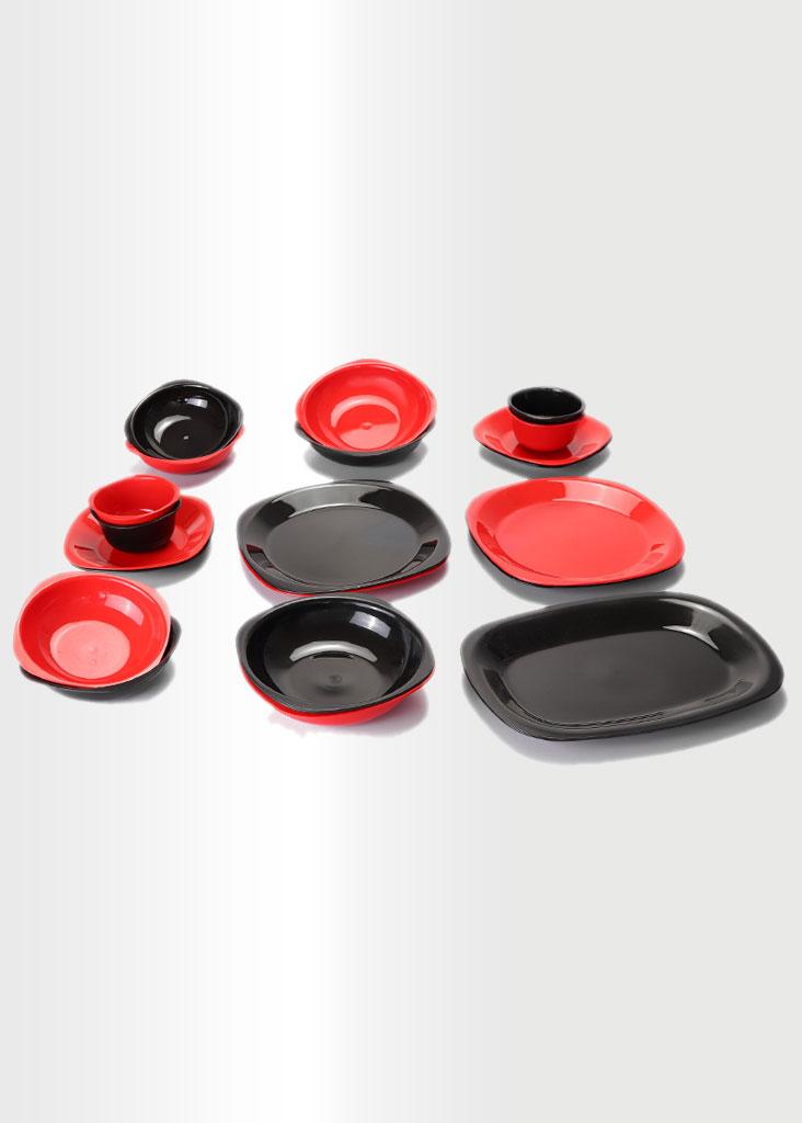 Dinnerware Set - Black & Red