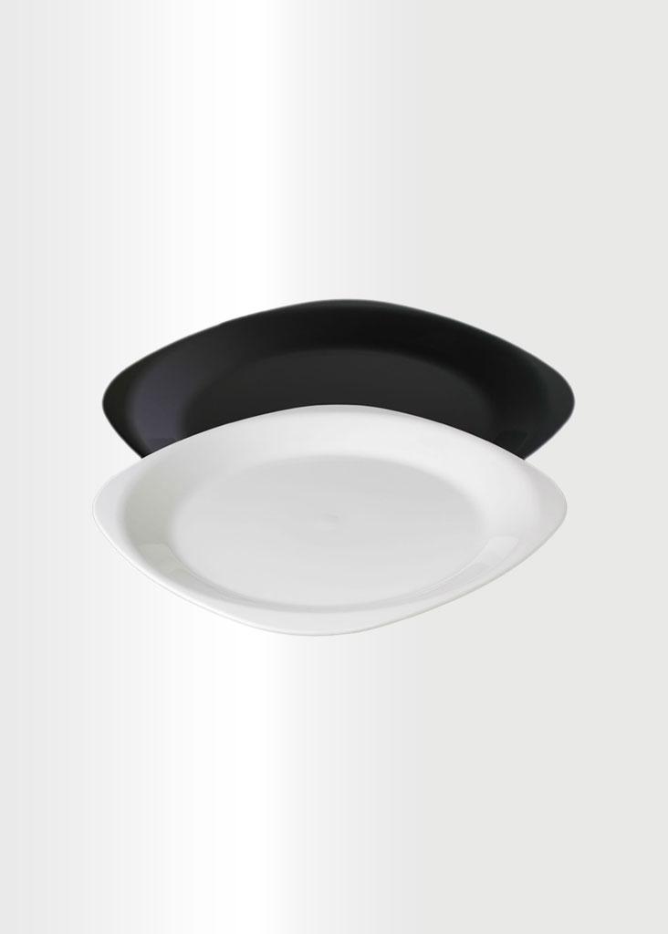 Flat Medium Plate B&W